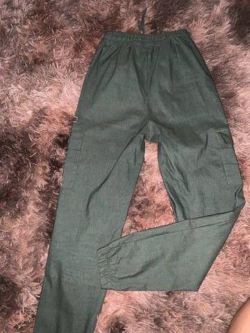 calça jogger verde militar - Foto 3