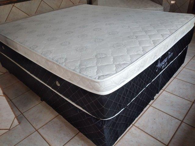 Vendo cama Queen Semi Nova - Foto 4