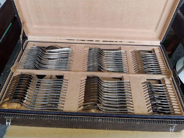 Faqueiro Antigo - 104 peças em prata - Foto 2