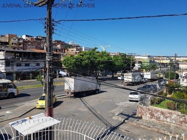 Vendo uma casa ampla em Itapuã, 7/4, suítes, comercial ou residencial R$ 850,0000! - Foto 11