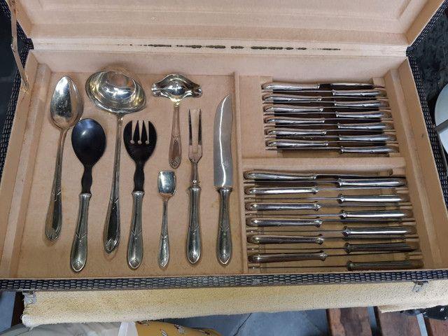 Faqueiro Antigo - 104 peças em prata - Foto 3