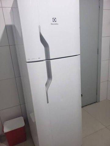 Refrigerador eletrolux 110v gelo seco entrego  - Foto 2