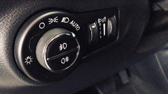 Jeep Compass DIESEL 4x4 LONGITUDE  C/ 72.723 km! - Foto 17