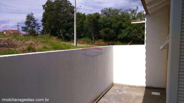 Casa de 2 ( dois ) dormitórios de esquina em NSR - Foto 7