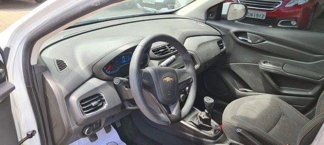 Chevrolet - Onix 1.0 Lt  2014 - Contato: Tubarão - * - * - Foto 14