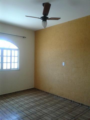 Kitnette, Bairro Barcelona, 237, 01 quarto, 01 sala, cozinha, varanda, área de serviço