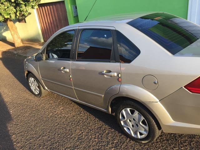 Fiesta sedan 1.0 completo - Foto 5