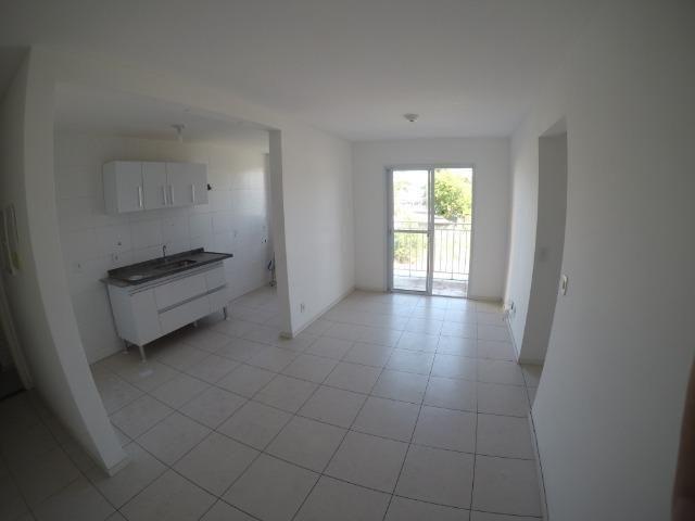 E.R-Apartamento no Villaggio Laranjeiras com 3 qts c/ suíte