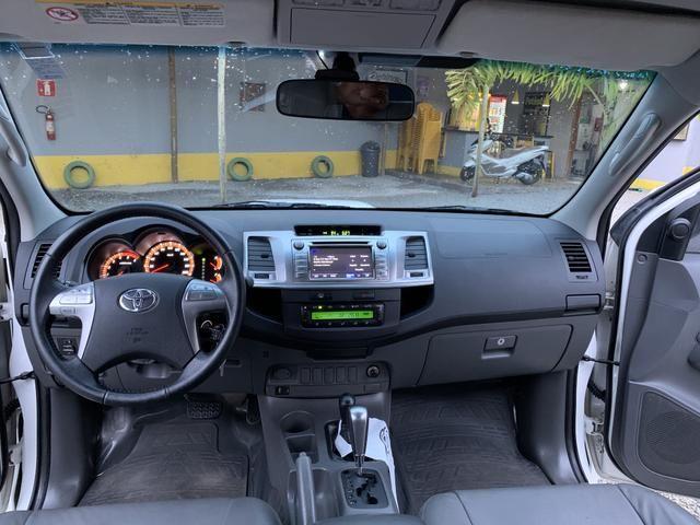 Vendo camionete Hilux - Foto 4
