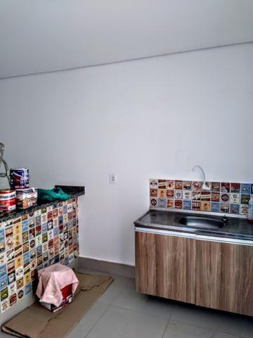 Kitnet locação ,toda no piso porcelanato, 700 reais - Foto 6