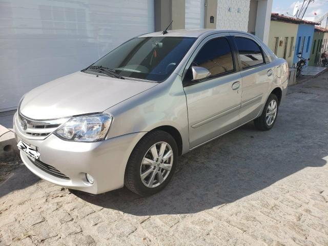 Toyoya etios sedan 1.5 xle