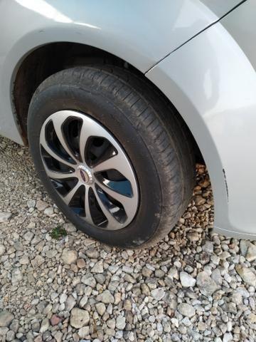 Fiesta Hatch 1.0 Rocam - Foto 6