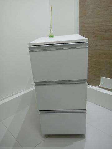 Armário em mdf com três gavetas - VENDE-SE - Foto 4