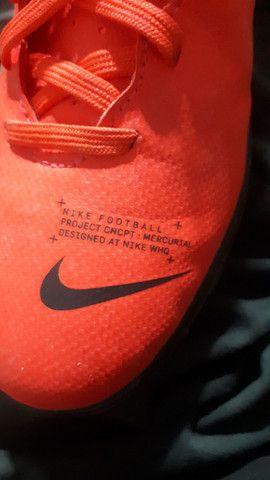 Chuteira society Nike 38 - Foto 4