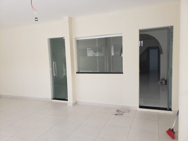 Oportunidade: Vendo Excelente Casa 5/4 no centro de Feira de Santana - BA - Foto 2