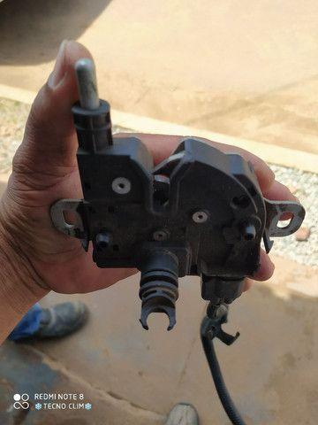 Fechadura capo ford focus 2009-10-11-12 - Foto 2