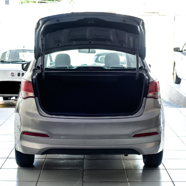 Hb20 S 2019 sedan  único dono - Foto 8