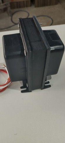 Auto transformador 5000VA 110 220 ou vice-versa  r$ 400 à vista ou em até 12x no cartão
