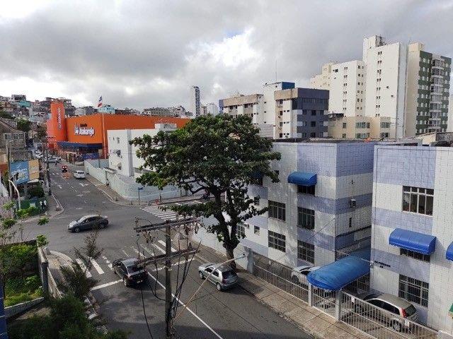 Venda de apartamento com 2 dormitórios, mais dependência completa, 92 m² por R$265,000