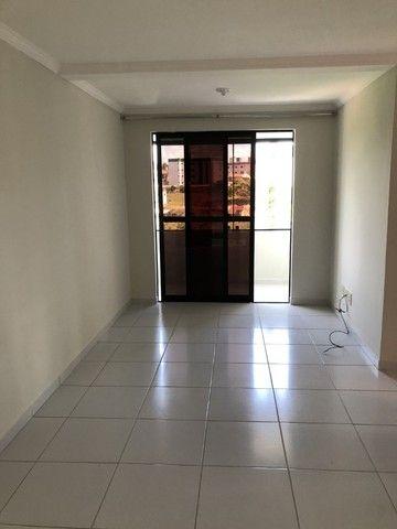 Apartamento nos Bancarios 2qts 700 com cond. - Foto 5