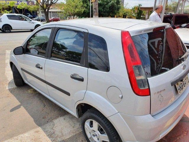 Ford Fiesta 1.0 Flex  - Foto 6