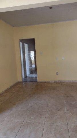 Casa com 3 quartos, 2 salas, copa, cozinha, banheiro, 2 varandas e 1 garagem. - Foto 9