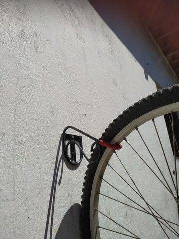 Suporte de parede para sua bike - Foto 3