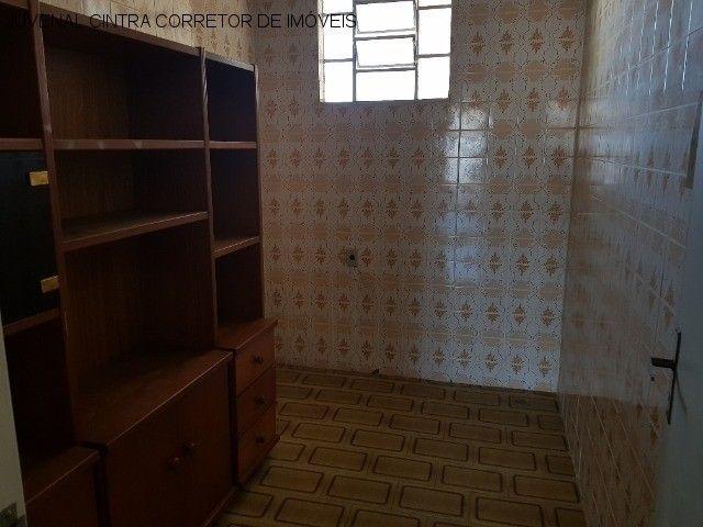 Vendo uma casa ampla em Itapuã, 7/4, suítes, comercial ou residencial R$ 850,0000! - Foto 17