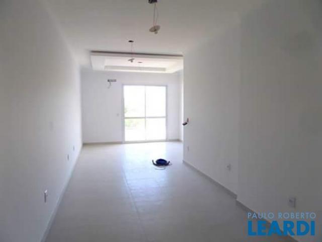 Apartamento à venda com 3 dormitórios cod:484223 - Foto 5