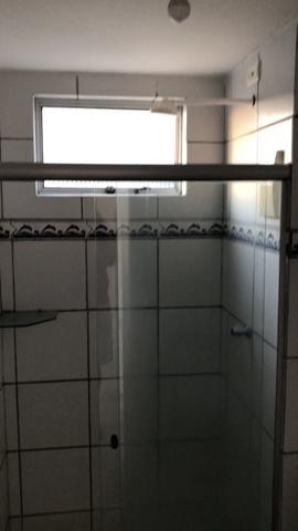 Vendo Apartamento no Cond. Vivendas Parnamirim com garagem coberta no 2º andar - Foto 18
