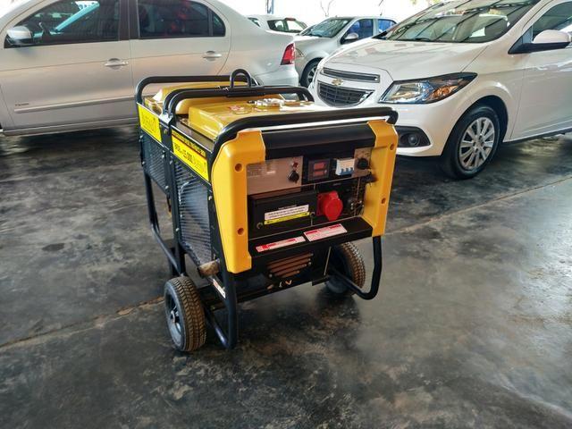 Motogerador diesel trifásico 380v/220v 15.000 buffalo potência máxima 15,0 kva - Foto 4