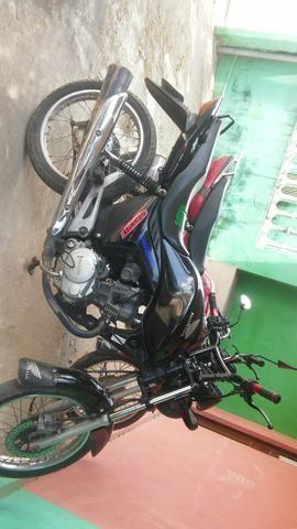 Vendo ou troco Moto FAN 150 - Foto 2