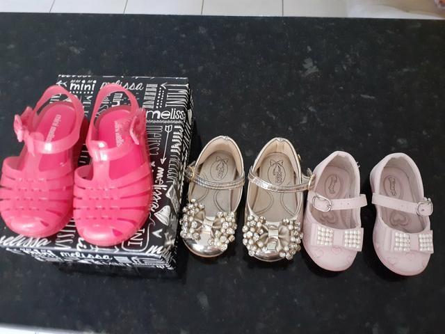 Lote 3 pares de sandálias