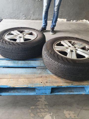 Rodas e pneu da Tracker - Foto 2