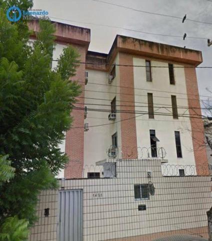 Apartamento com 2 dormitórios à venda, 62 m² por R$ 230.000 - Centro - Fortaleza/CE