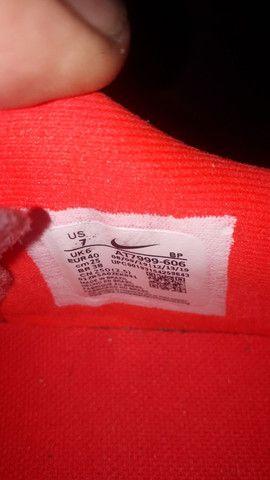 Chuteira society Nike 38 - Foto 5