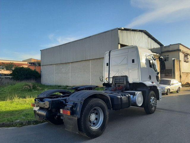 Ford cargo 1933 2016/2017 automático 4x2 único dono completo. - Foto 3