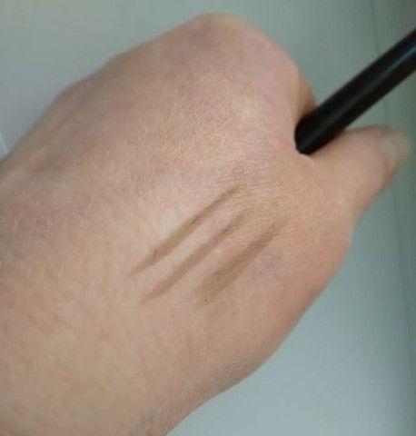 Realçador de sobrancelha - Foto 3