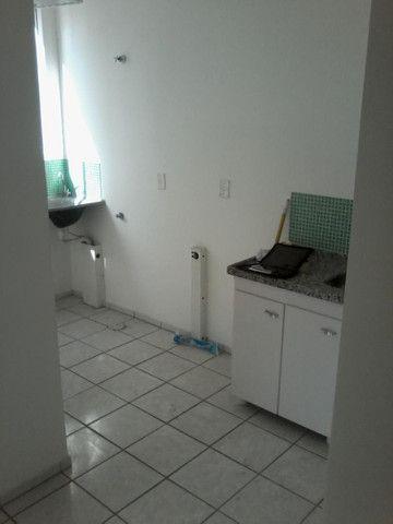 Apartamento com 2 dormitórios à venda, 45 m² por R$ 130.000 - Jardim do Vale - Vila Velha/ - Foto 3