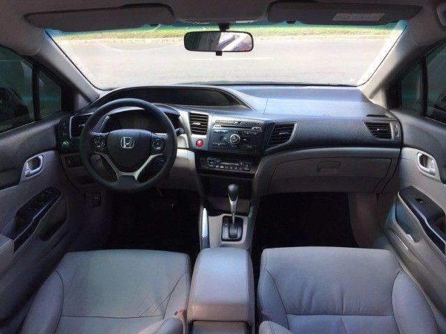 Honda Civic Sedan LXR 2.0 Flexone 16V Aut. 4p   2016 C/GNV - Foto 7