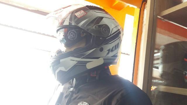 4b5775c41 Promoção Capacete moto com óculos interno X11 novo loja - Peças e ...