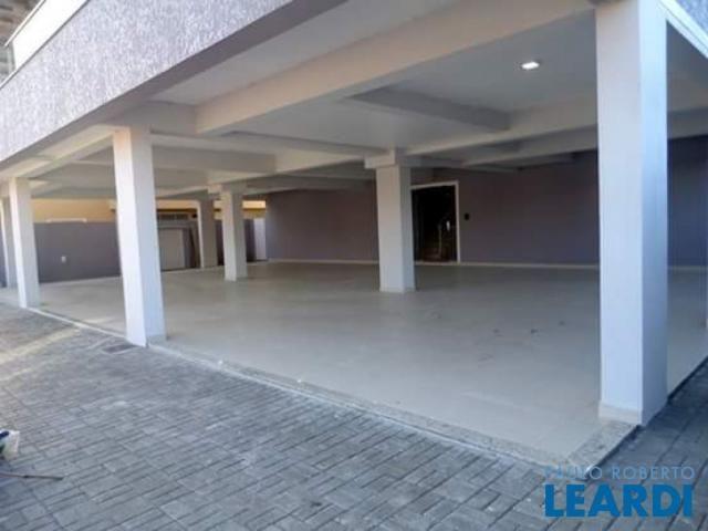 Apartamento à venda com 3 dormitórios cod:484223