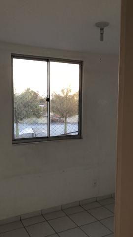 Vendo Apartamento no Cond. Vivendas Parnamirim com garagem coberta no 2º andar - Foto 16