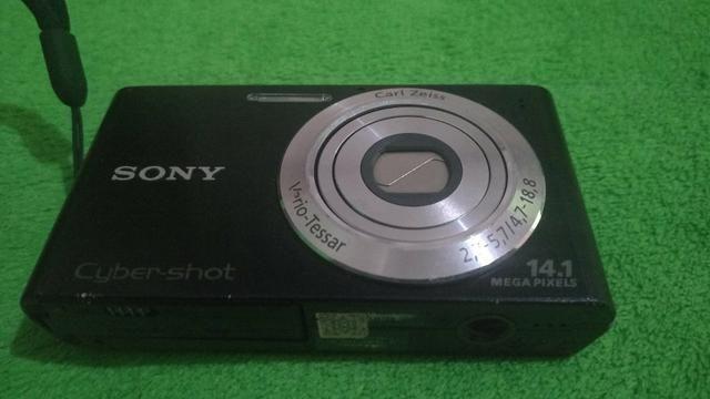 Câmera Sony 14.1 mega pixel - Foto 2