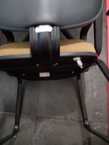 Cadeira de trabalho - Foto 2