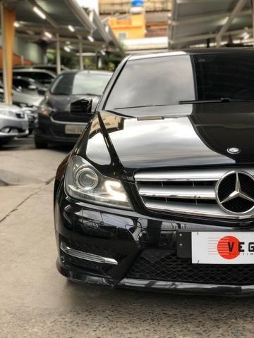 Mercedes Benz C-180 Sport CGi Vision 2014 Preta, impecável, financiamos!