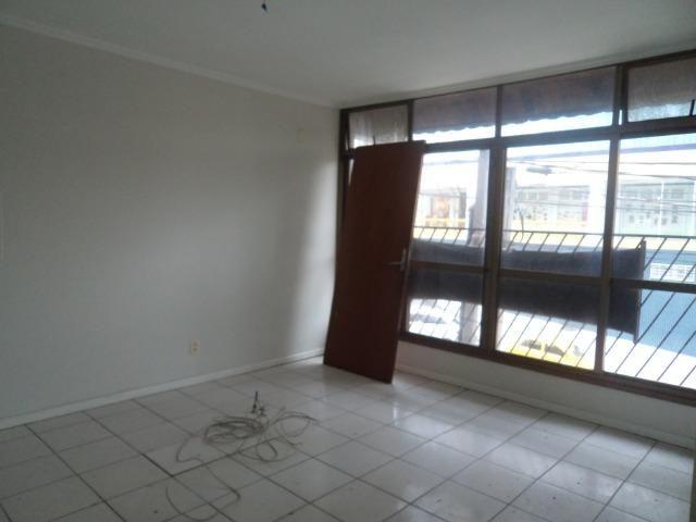 Sala Comercial Capão Raso - Foto 3