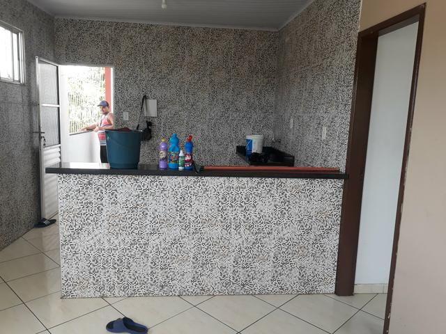 Alugo 1/4 sala cozinha banheiro - Foto 4