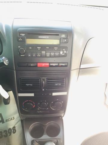 FIAT IDEA 2008/2008 1.4 MPI ELX 8V FLEX 4P MANUAL - Foto 12