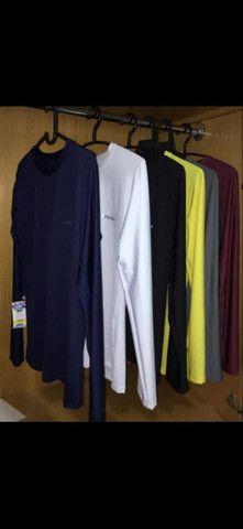 Camisas com proteção UV